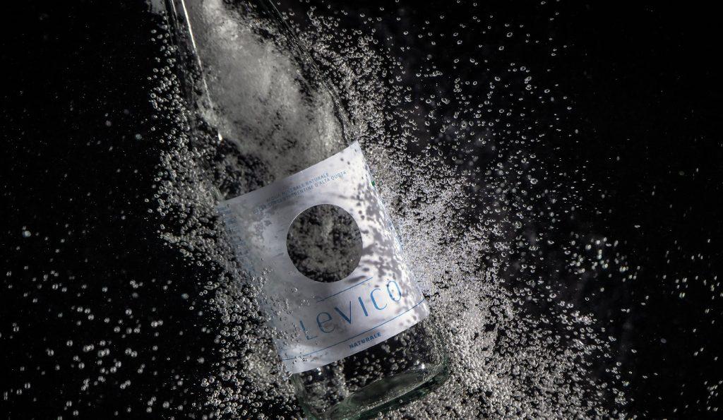 Levico acqua minerale formato litro premium